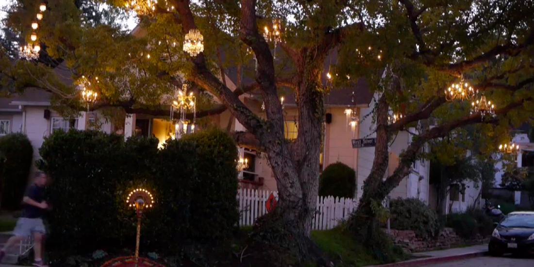 Copacul cu candelabre