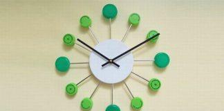 ceasuri din materiale reciclabile