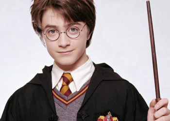 De la batul lui Mos Nicolae la bagheta lui Harry Potter