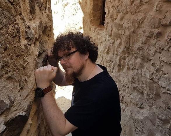 Dorian Dron profil de artist scriitor