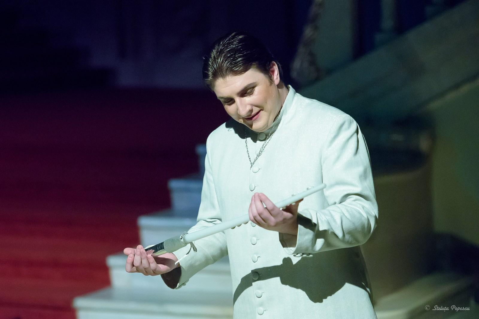 Flautul Fermecat Opera National aBucuresti Raftul cu idei