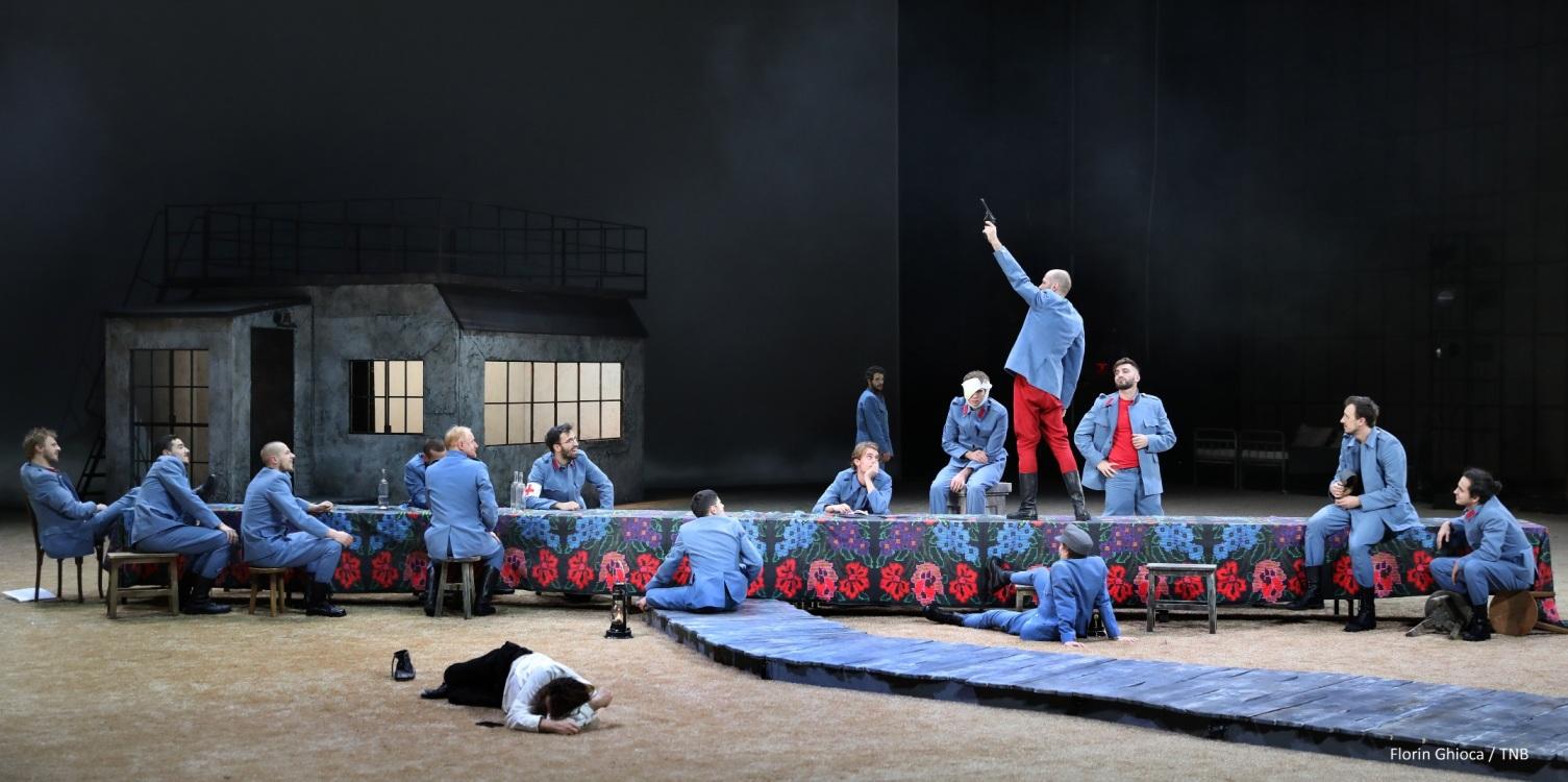 Cronica de teatru - Padurea spanzuratilor