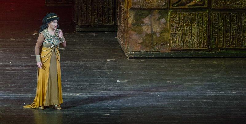 Raftul cu idei Aida Verdi Opera Nationala Bucuresti