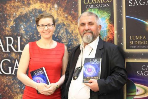 Carl Sagan - Cu un pas înaintea Universului